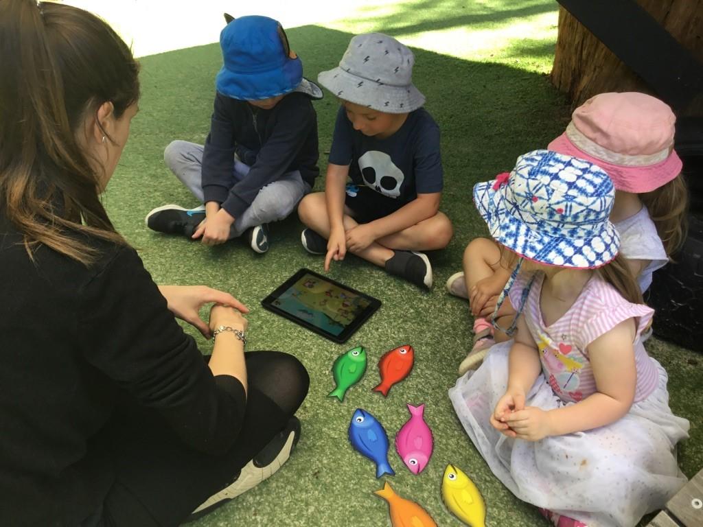 children learning Spanish through ELLA program